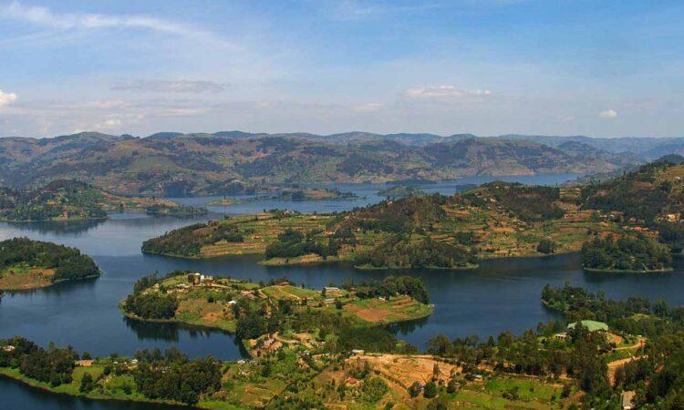 Lake Bunyonyi group tours